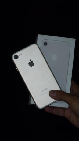 i-phone-7-128-gb-fresh-set-comes-with-set-charger-and-imei-matching-box-big-1