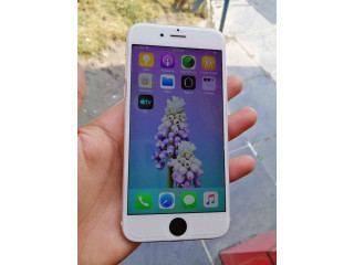 Iphone 6 16gb (sim works) very new condition