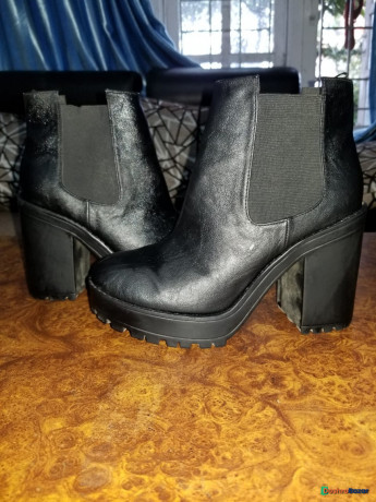 hnm-boots-big-0