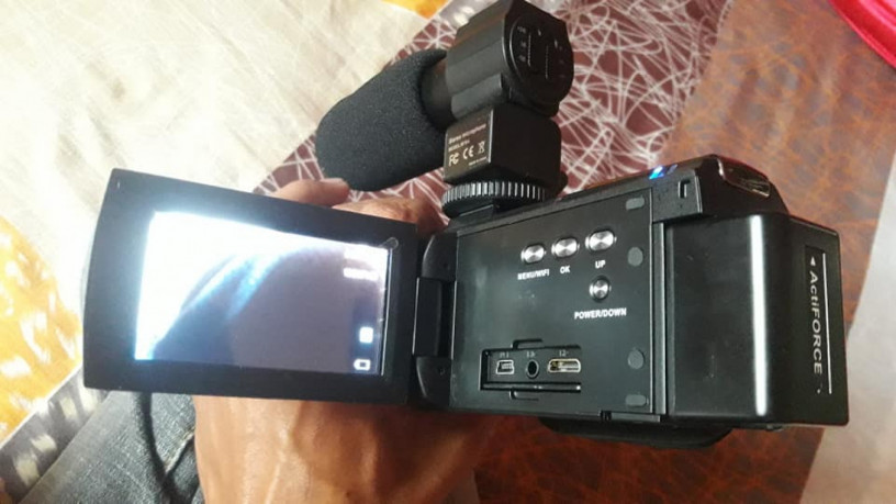 digital-camcorder-big-1