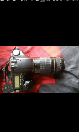 canon-30d-with-lens-canon-18-55mm-big-0