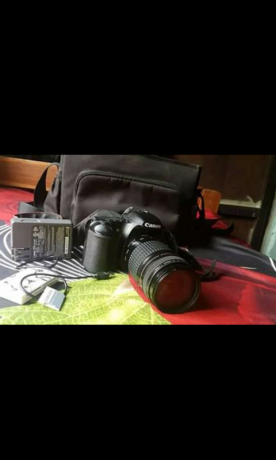 canon-30d-with-lens-canon-18-55mm-big-2